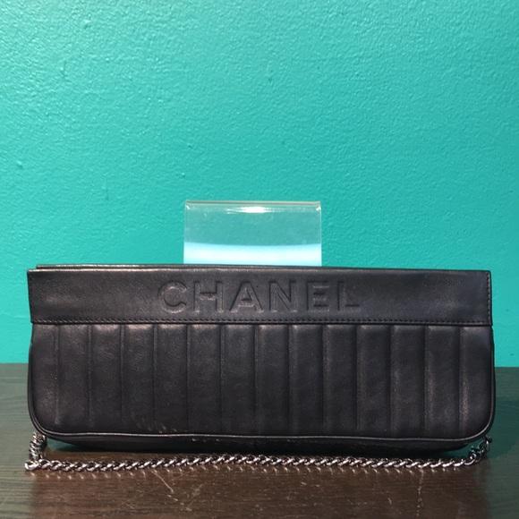 CHANEL Handbags - CHANEL CLUTCH